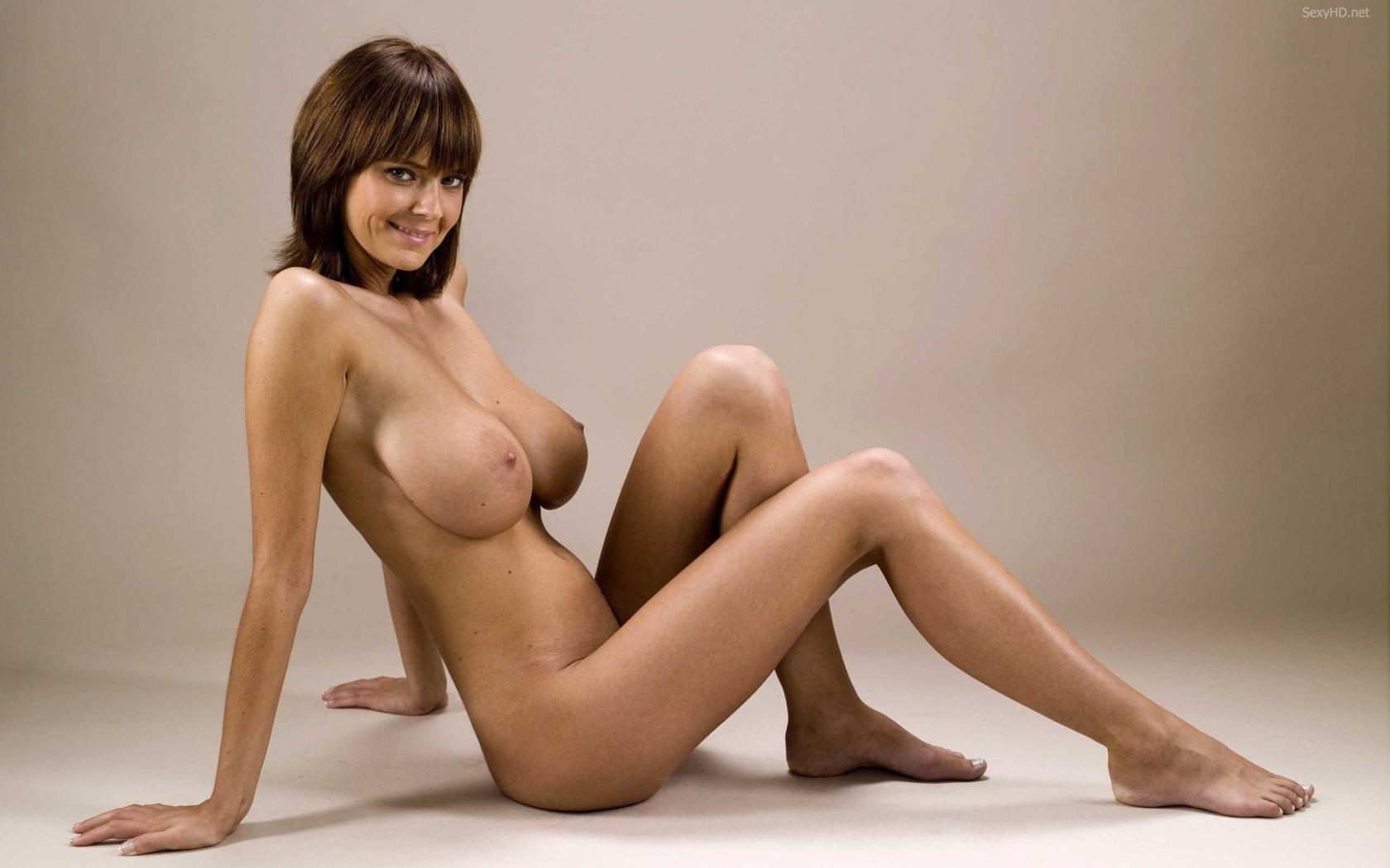 Hot naked amateurs