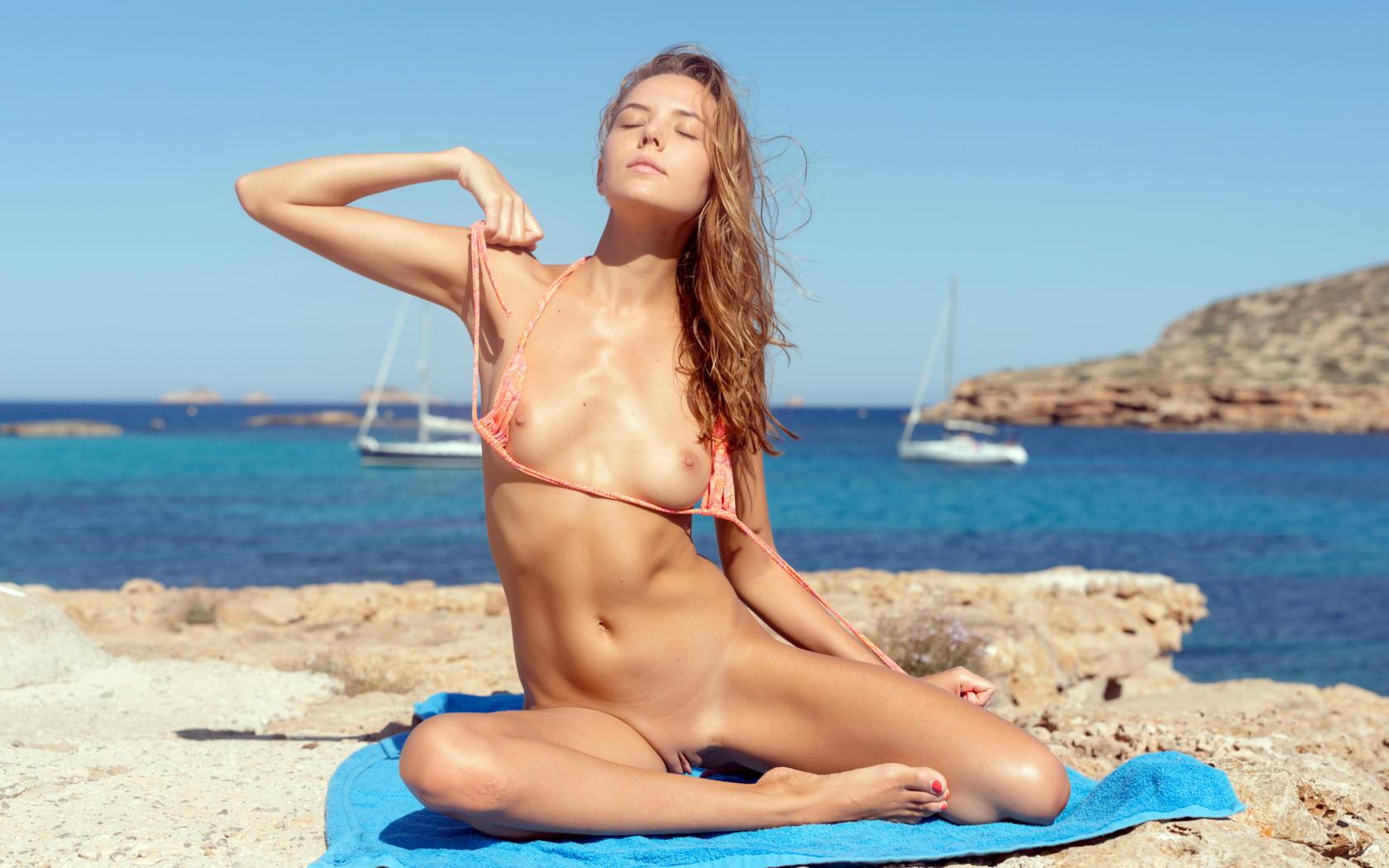 Wicked weasel bikini nude
