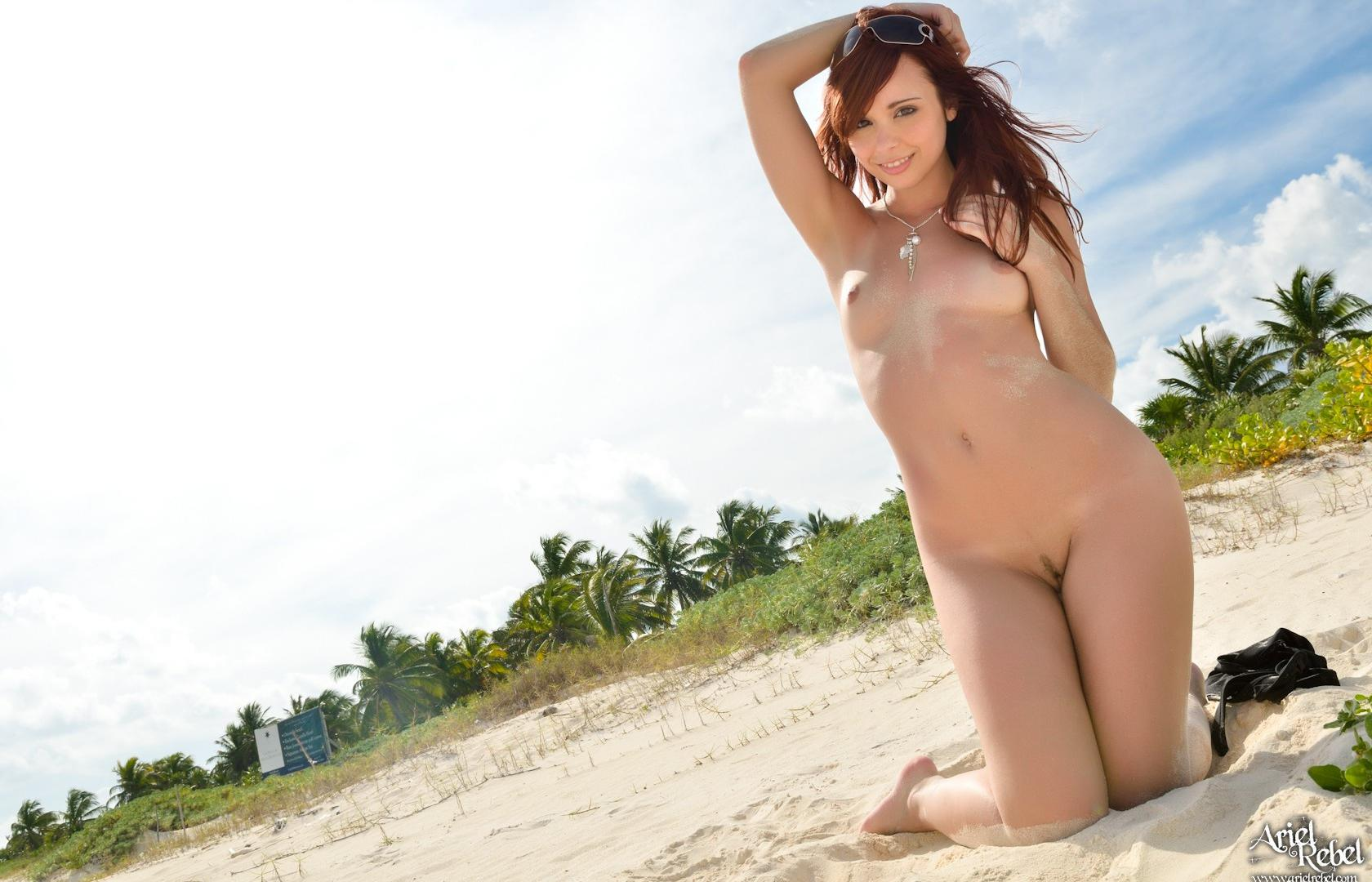 Ariel Rebel Tits 48