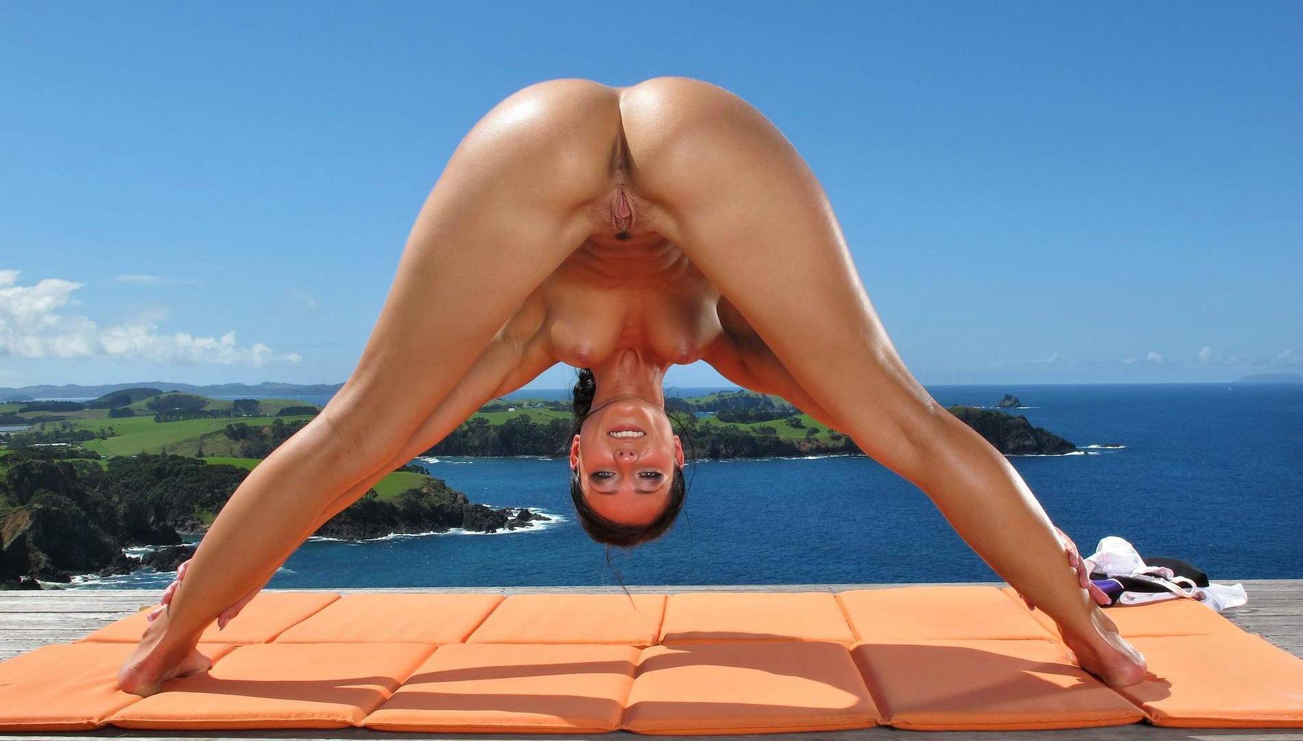 Download photo 1920x1080, lexa, brunette, nude, naked, yoga, melisa ...: ftop.ru/32440/1920_1080