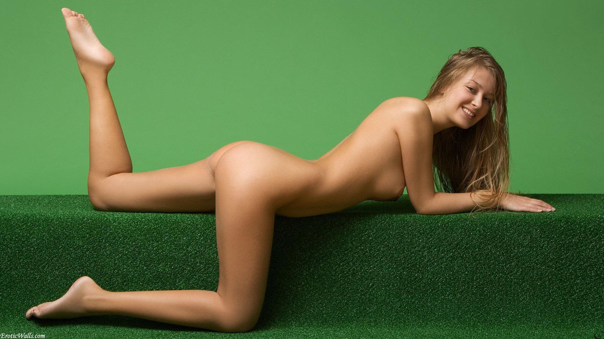 Download photo 1920x1080, smile, kinga, nude, ass, tits