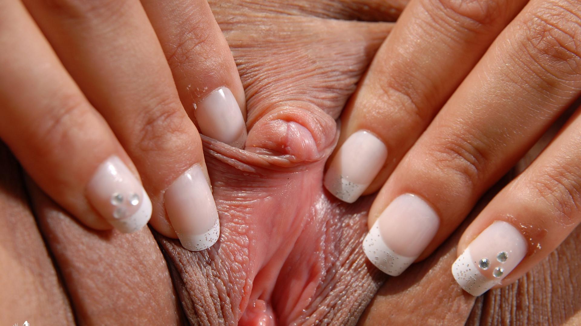 Petite girls and small dicks