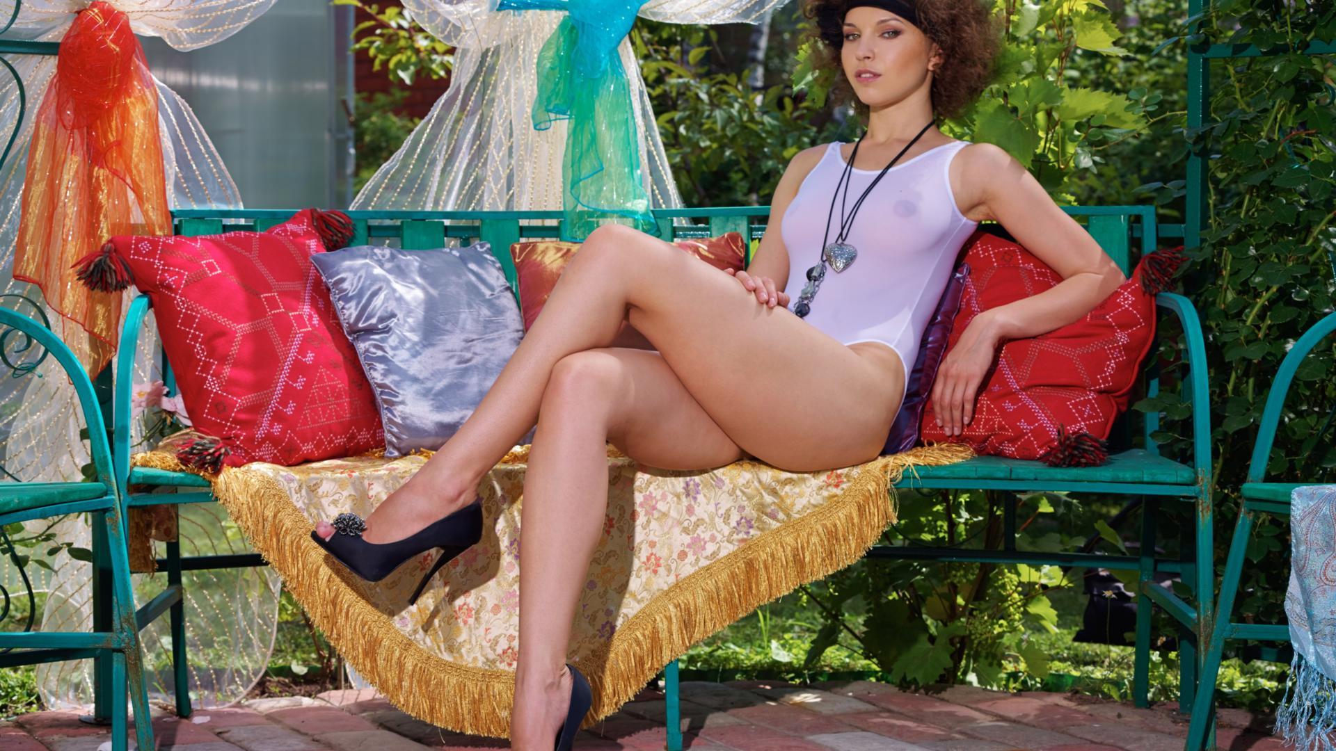 Download photo 1600x1200, anita e, brunette, sexy girl