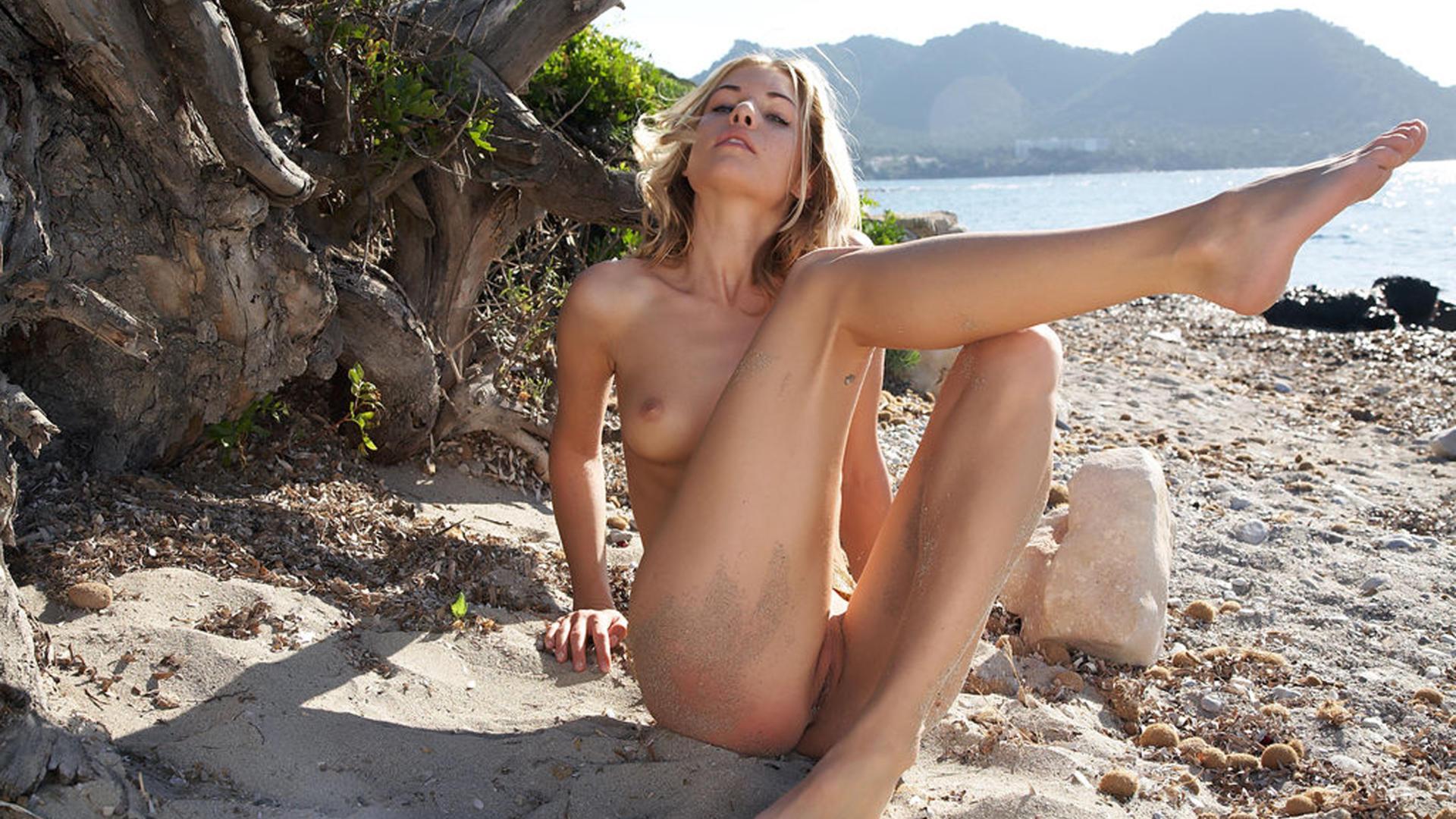 Beautiful Nude Blonde At Beach