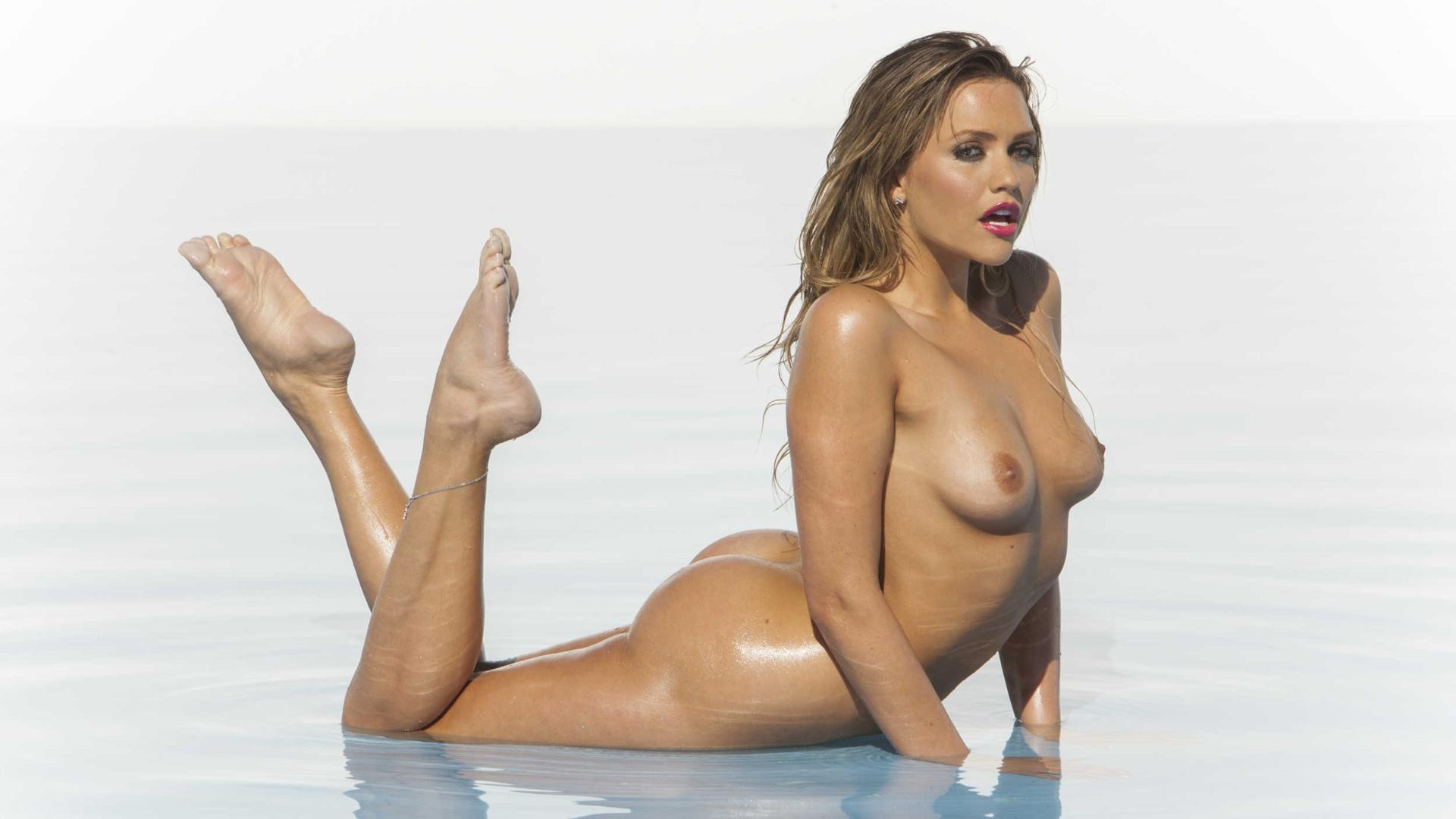 stephanie s mcmahon naked