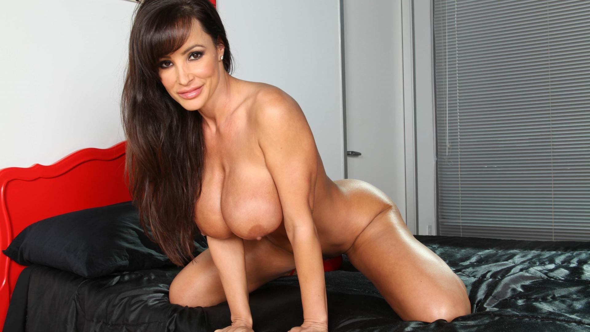 lisa ann nude wallpaper