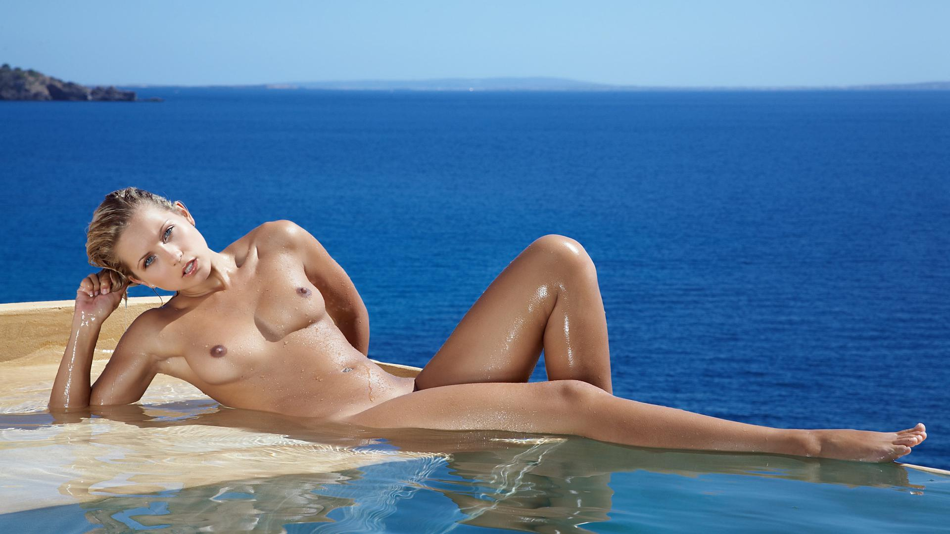 Things, Nude jenni gregg pool mistaken