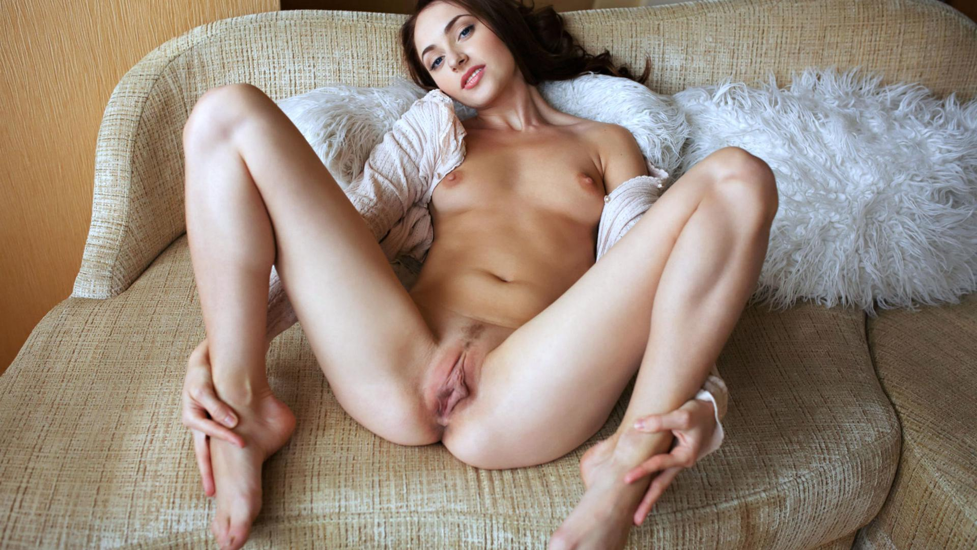 дамское бельё порно с большими половыми губами hd