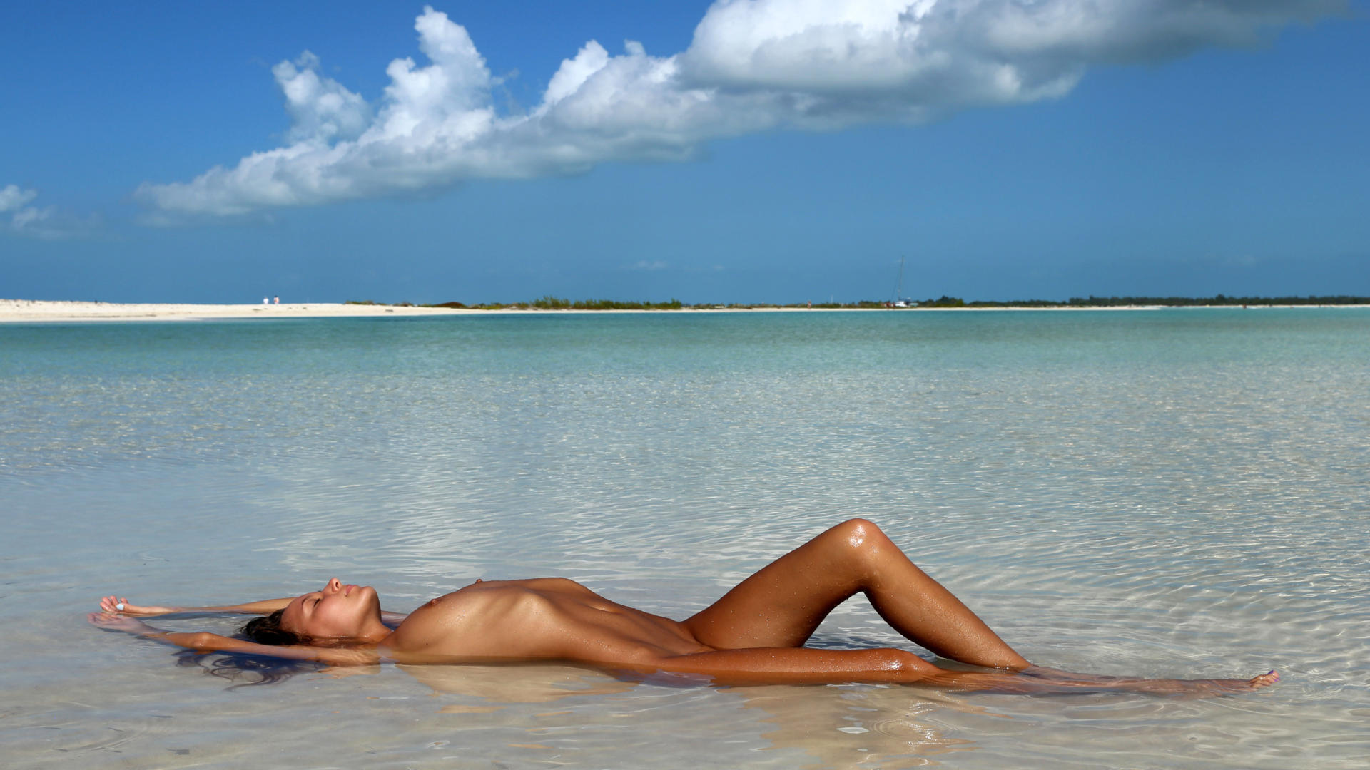 Download photo 1920x1080, clover, mango, caramel, beach, naked, tanned, shaved pussy, wet, hi-q ...
