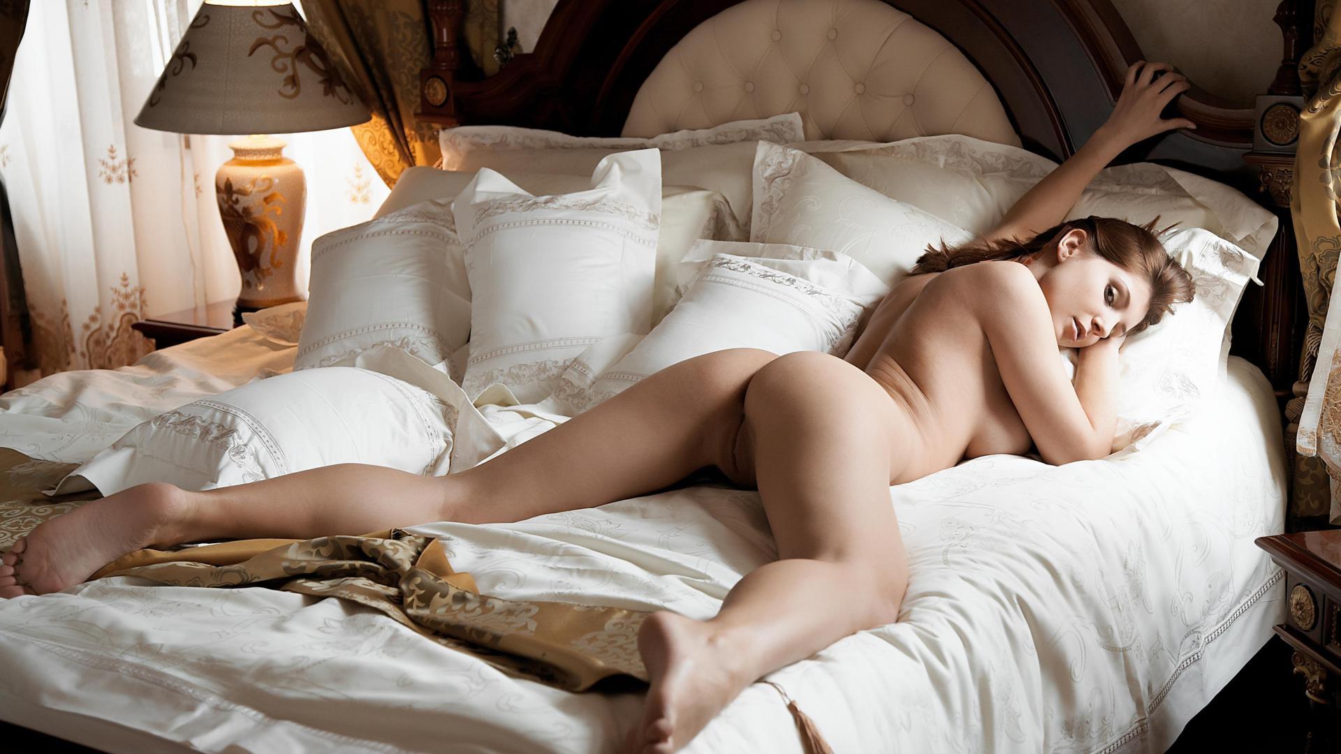 erotika-v-krovati